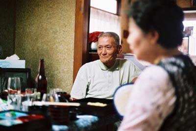 ウエダさんのお父さん。 カラオケが大好きです。