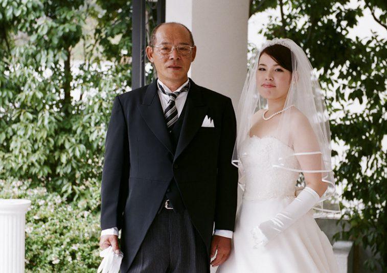 花嫁と父。これから挙式が始まります